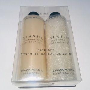 NWT Banana Republic Classic bubble bath, bath salt